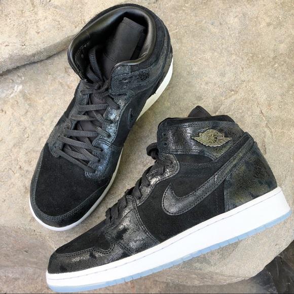 bfaf6fbafe215 Nike Shoes | Jordan Kids Air 1 Retro Basketball 7 Y | Poshmark